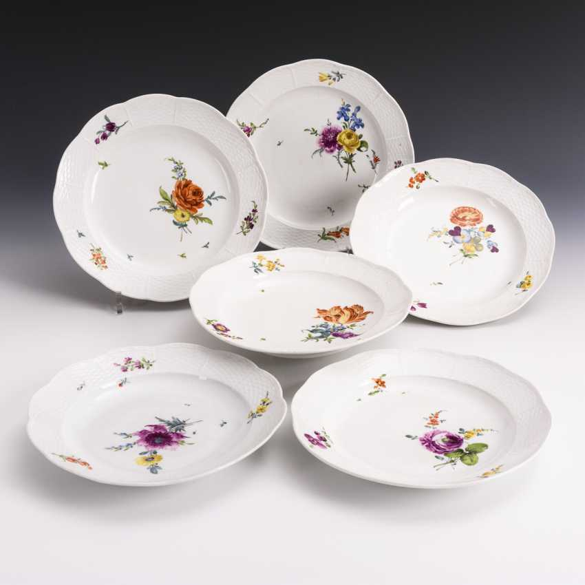 6 plates with flower painting - photo 1