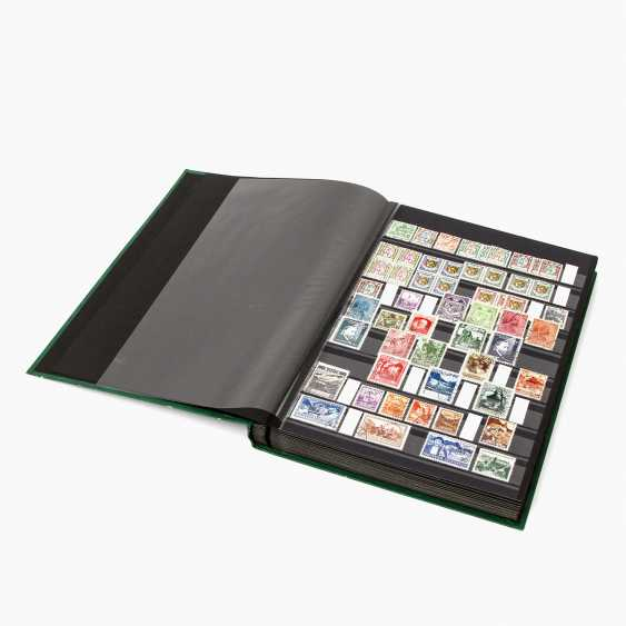 Europe - plug-in book, in various countries - photo 2