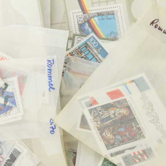 BRD - post a fresh bag of items with DM-marks and Euro values up to CA. in 2004, - photo 2