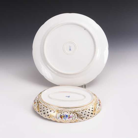 Cake plate and breakthrough bowl with flower painting - photo 2