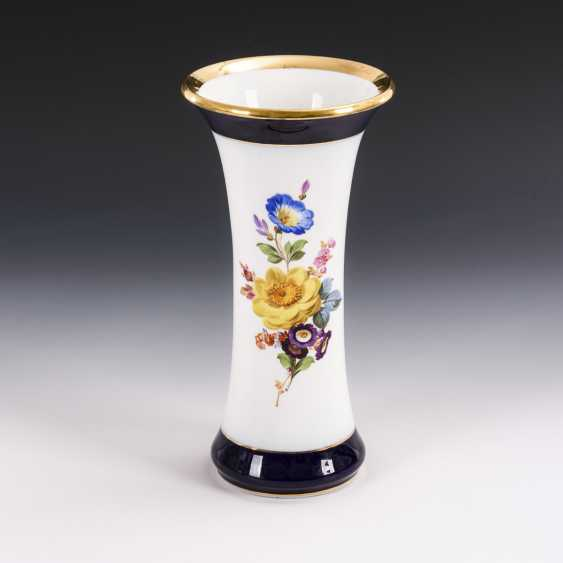 Flute vase with flower painting - photo 1