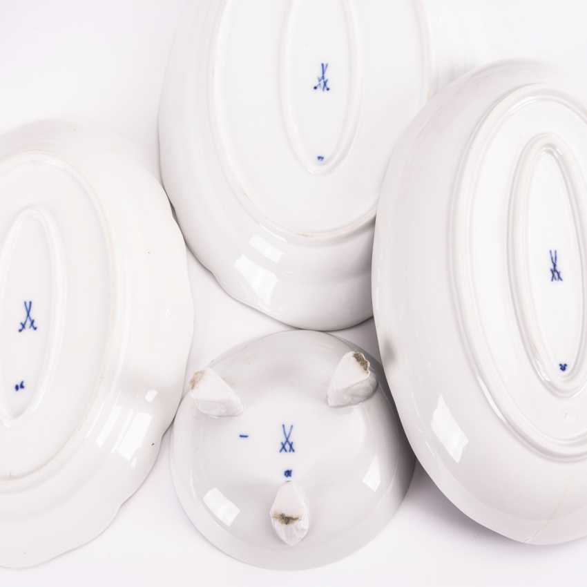 25 parts of an onion pattern dinner service - photo 2