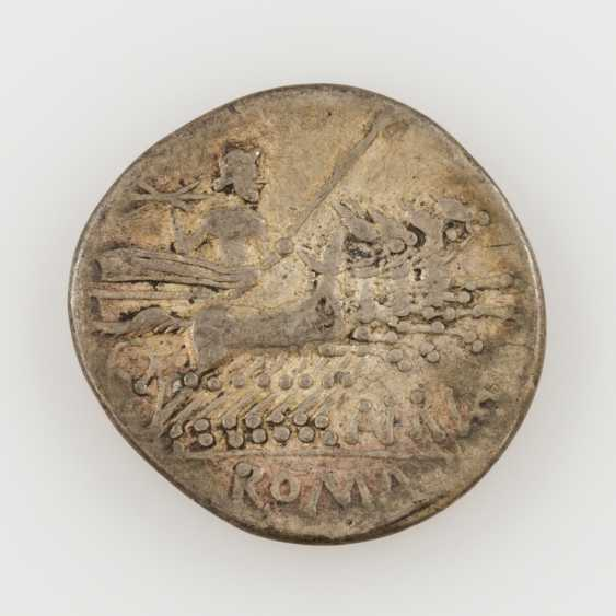 ROM. Republic /silver 1 Denar 144 v. C., T. Annius Rufus, Av; Roma head with wing helmet to the value of characters X, - photo 1