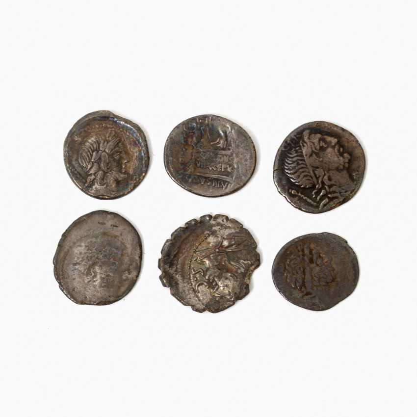Interesting 6-piece collection of Ancient to the Romans. Republic /silver included 1 x denarius, 46 BC, Rome, Titus Carisius, - photo 2