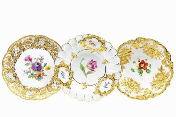 Three splendid plates - photo 1