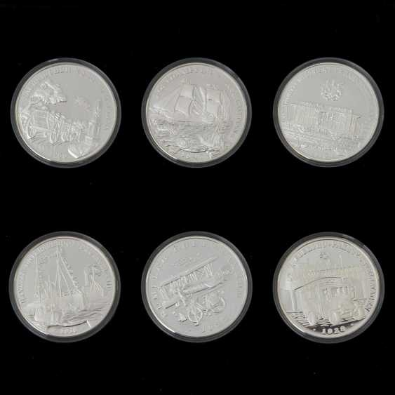 "Chic assortment of silver medals to the subject of ""milestones in the post-carriage"" - - photo 3"