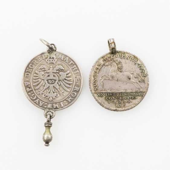 Münzschmuck Stadt Regensburg - Halber Guldentaler o.J., TiteLänge: Kaiser Matthias (1612-1619), - Foto 2