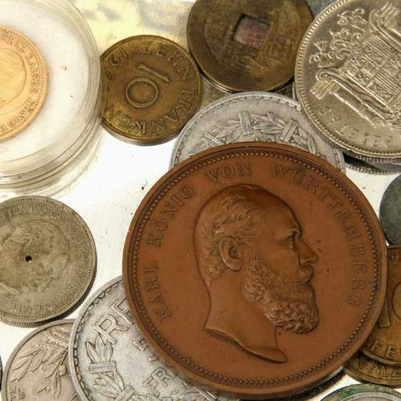 Small collection of coins in a tin can, with GOLD - 1 x Preussen - 20 Mark 1873 /A, Wilhelm, - photo 2
