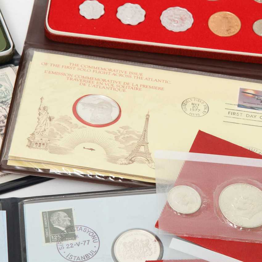 Compilation of different Commemorative coins, - photo 2