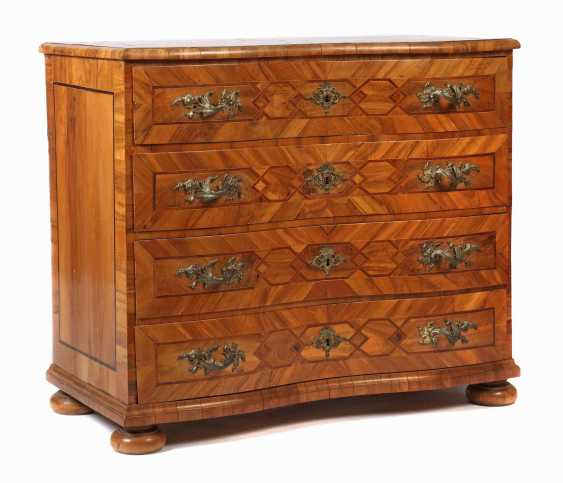Four-drawer baroque chest of drawers 18th century - photo 1