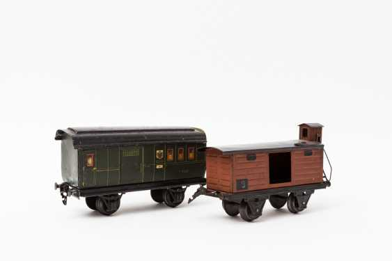 MÄRKLIN Post office / baggage car in 1903, and covered freight cars, in 1967, lane 1, - photo 1