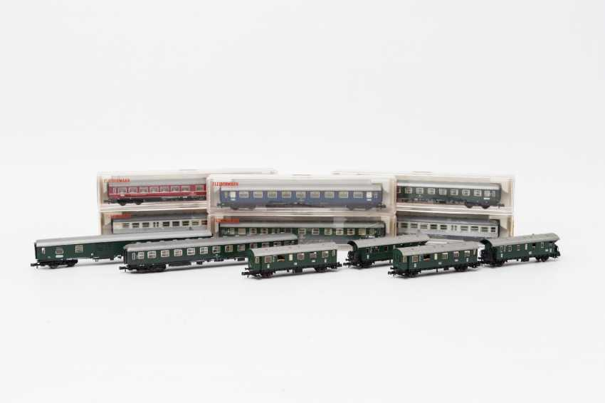 FLEISCHMANN PICCOLO eleven persons & Luggage N gauge wagons, - photo 1
