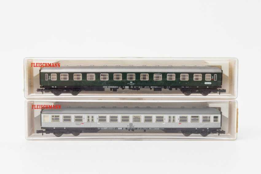 FLEISCHMANN PICCOLO eleven persons & Luggage N gauge wagons, - photo 2