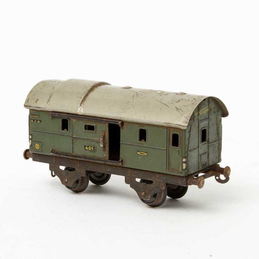 FLEISCHMANN passenger train, on track 0, - photo 6