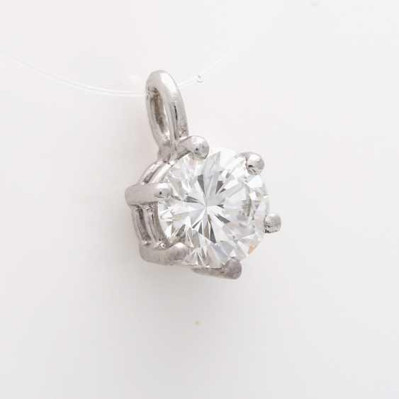 Small pendant with brilliant - photo 2