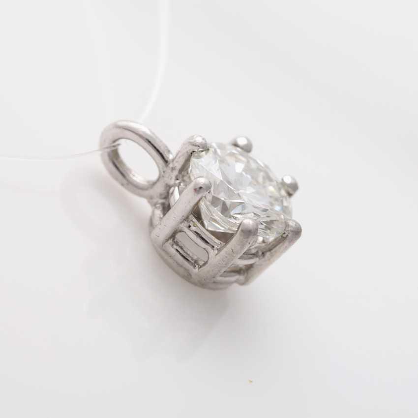 Small pendant with brilliant - photo 4