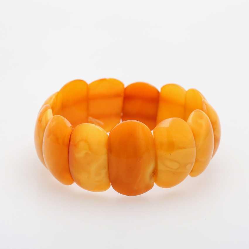 Bracelet made of bright amber elements - photo 2