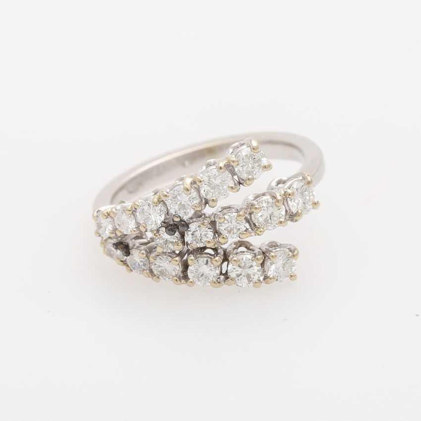 Ladies ring with brilliants - photo 1