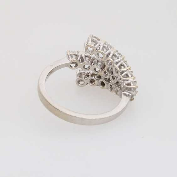Ladies ring with brilliants - photo 3