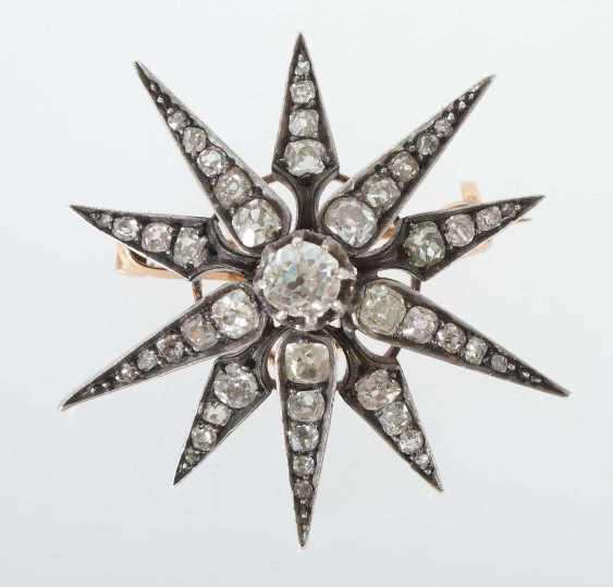 Brosche in Sternform um 1880 - photo 1