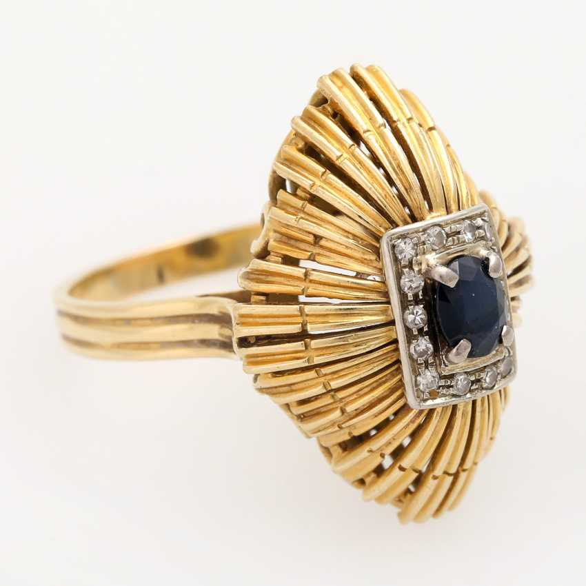 Ladies ring with sapphire and diamonds, - photo 2