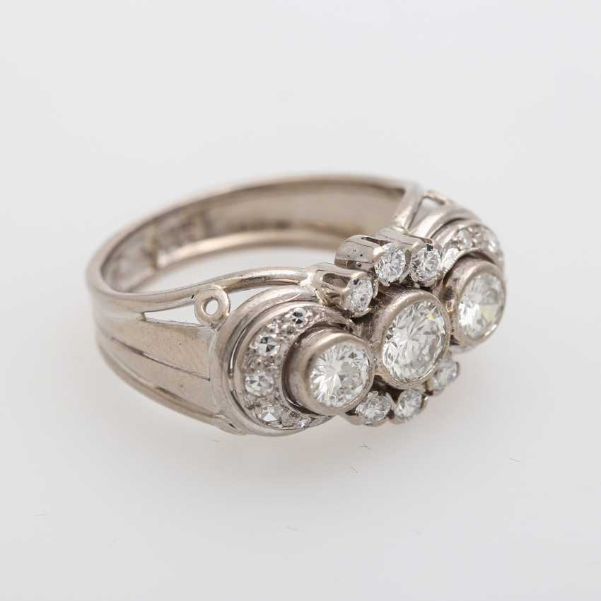 Ring with 3 Brilliant together approx. 0,85 ct., - photo 2