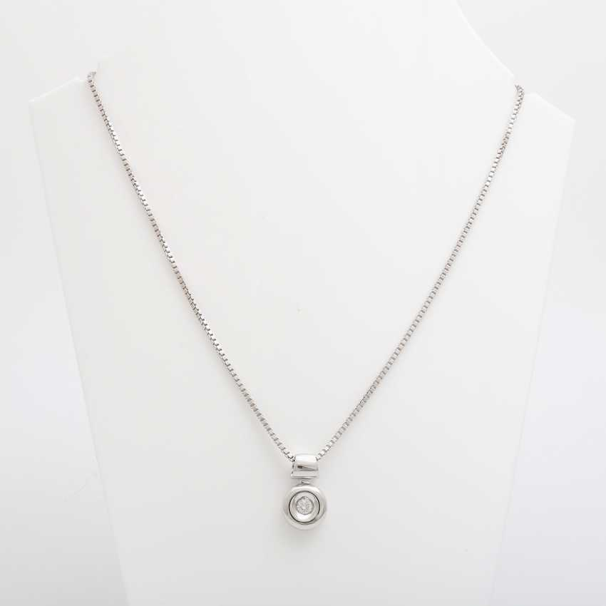 Chain with pendant brilliant 0.2 ct., - photo 1