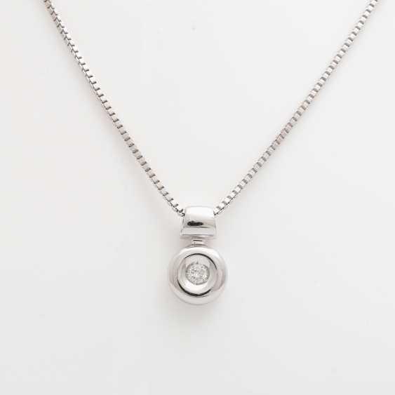 Chain with pendant brilliant 0.2 ct., - photo 2