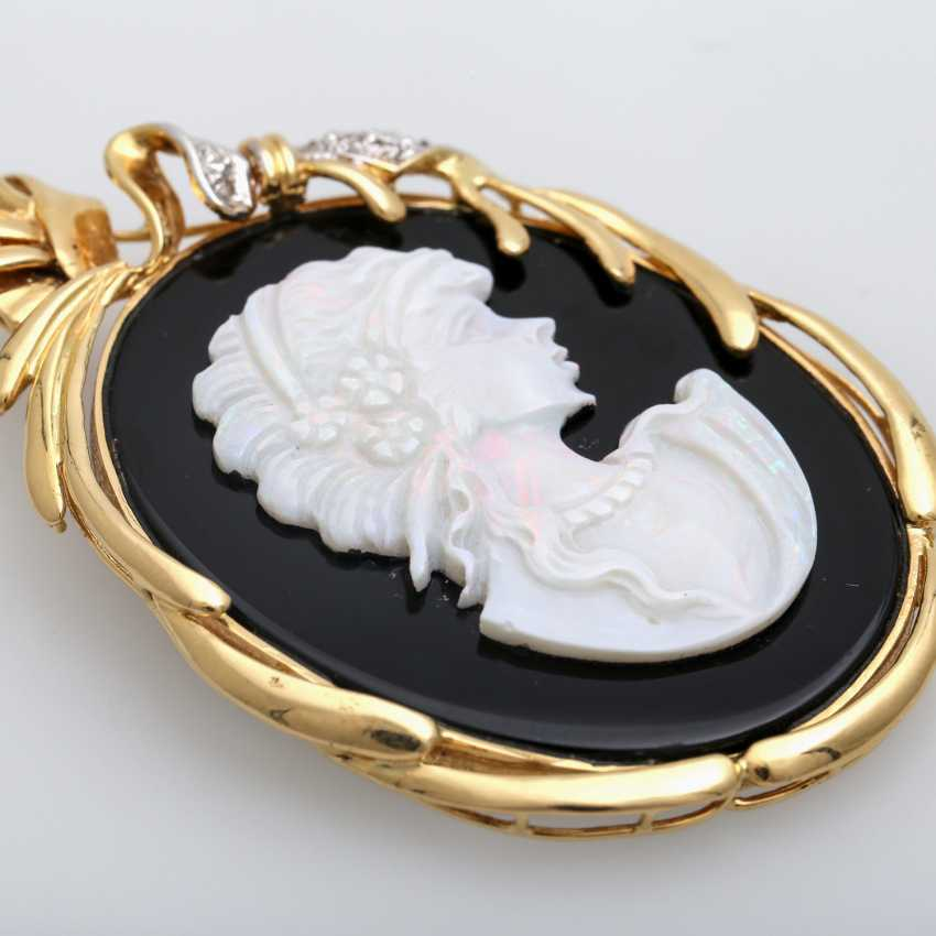 Pendant with an Opal-Onyx-cameo - photo 5