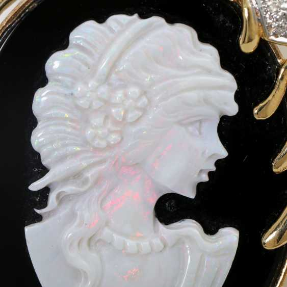 Pendant with an Opal-Onyx-cameo - photo 6