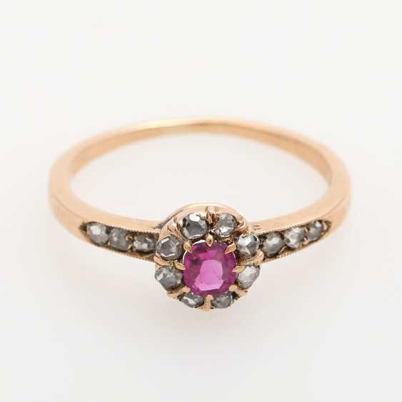 Ladies ring studded with antique fac. Rubin, - photo 1