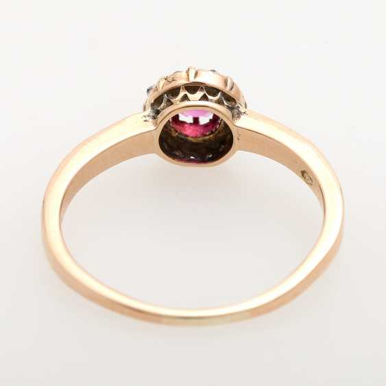 Ladies ring studded with antique fac. Rubin, - photo 4