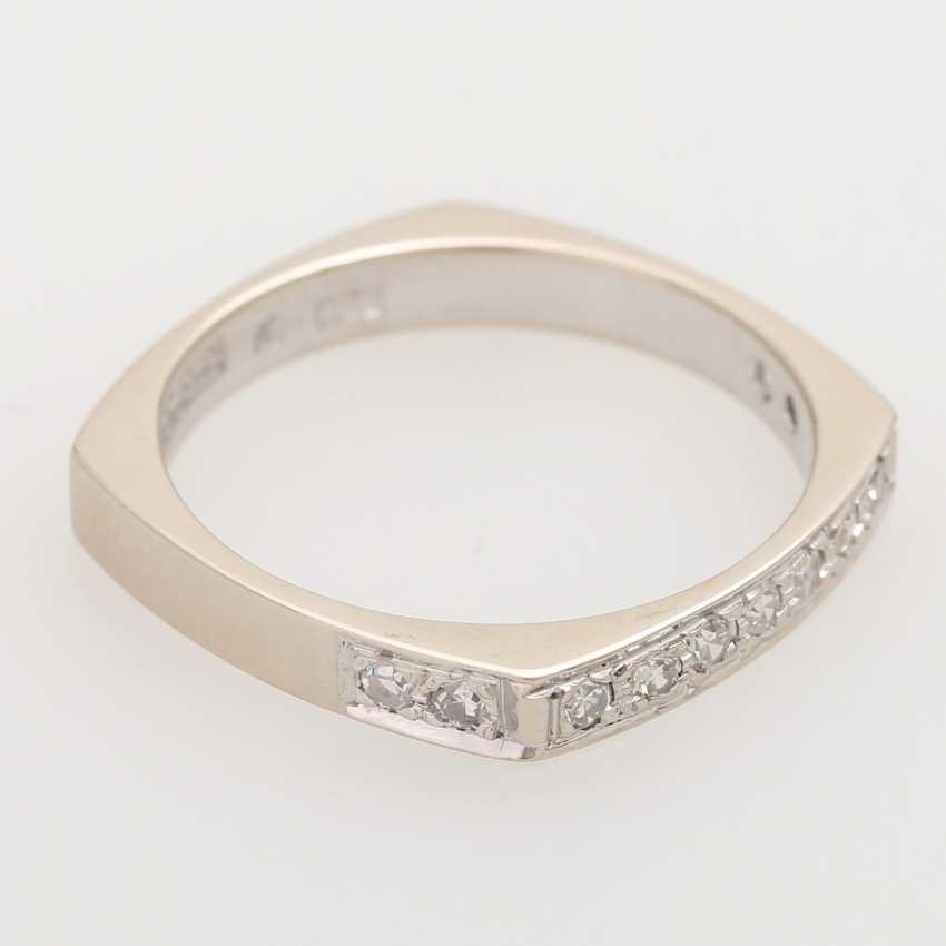 Half eternity ring with octagon diamond - photo 2