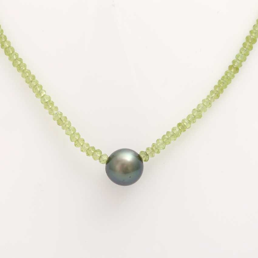 Necklace made from fac. Peridot, in the middle, 1 Tahitian pearl - photo 2