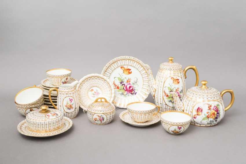 C. M. BAUER&PFEIFFER Schorndorf coffee-tea service f. 5 persons 'decor Ludwigsburg', brands of 1904-1918. - photo 1