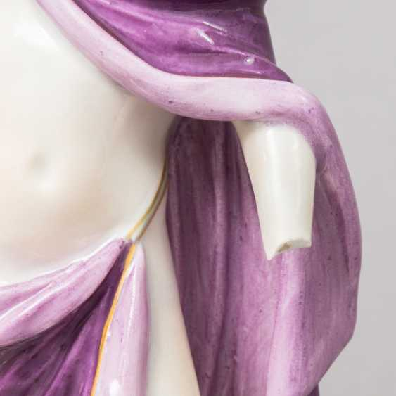 "MEISSEN allegorical figure group of ""the Faithful"", 1870-1923. 1. Choice. - photo 3"