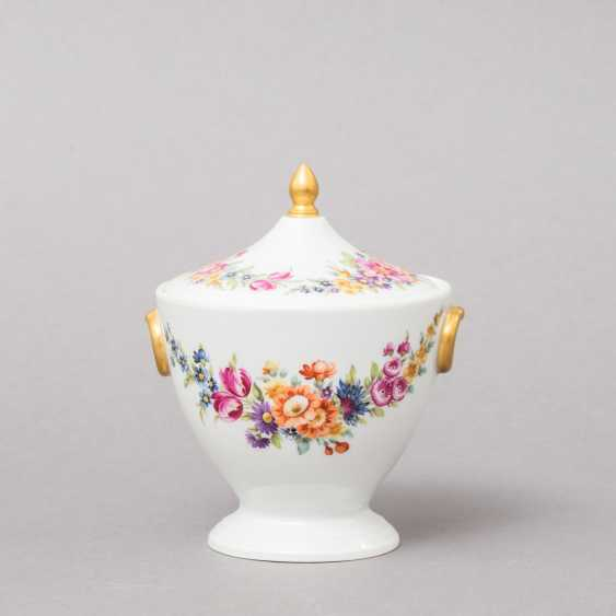 NYMPHENBURG. Small lidded box, brand from 1895 - photo 1