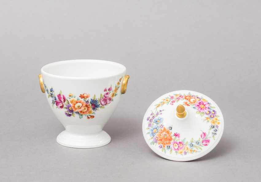 NYMPHENBURG. Small lidded box, brand from 1895 - photo 3
