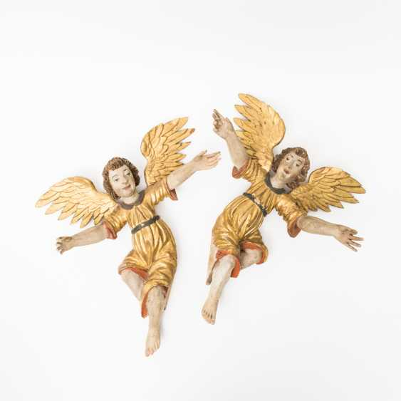 PAIR OF FLOATING ANGELS - photo 1