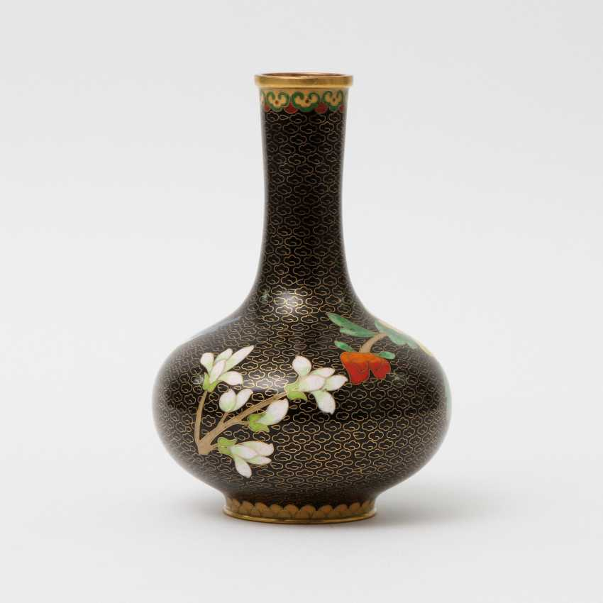 CHINA Cloisonne-Vase, 20. A running commentary - photo 3