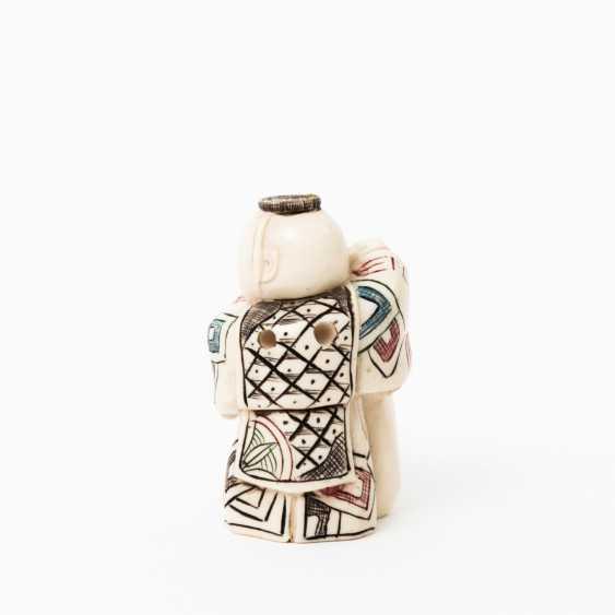 Netsuke made of ivory, JAPAN, Taisho period (1912-1926), - photo 2