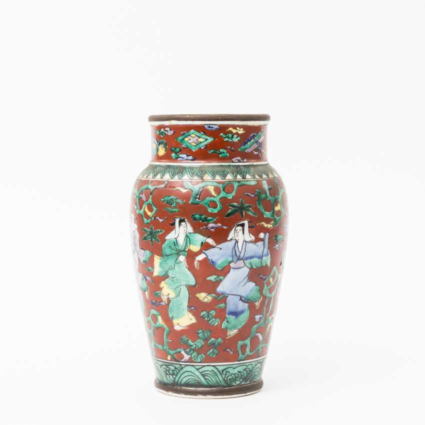 China Vase - photo 1