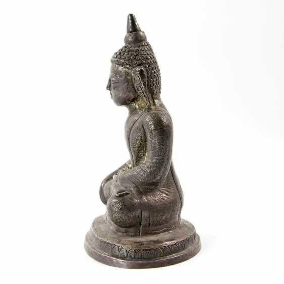 Shakyamuni Buddha representation made of metal. THAILAND, 20. Century - photo 2