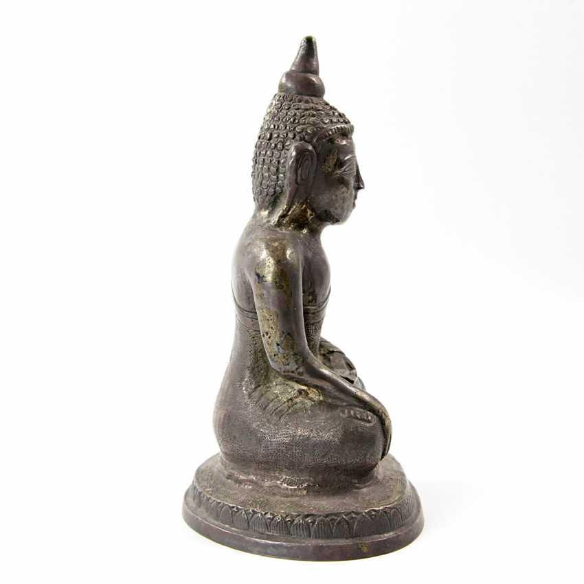 Shakyamuni Buddha representation made of metal. THAILAND, 20. Century - photo 4