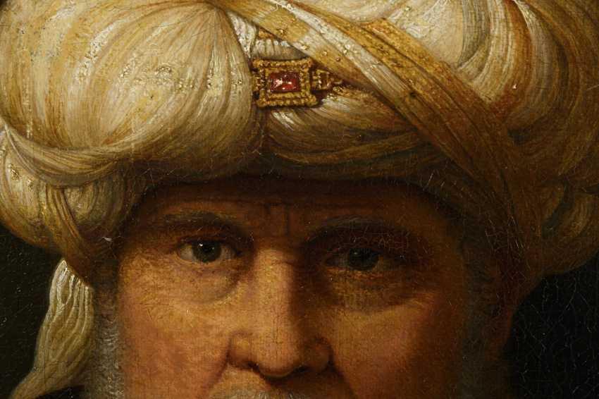 Portrait of an oriental - photo 2