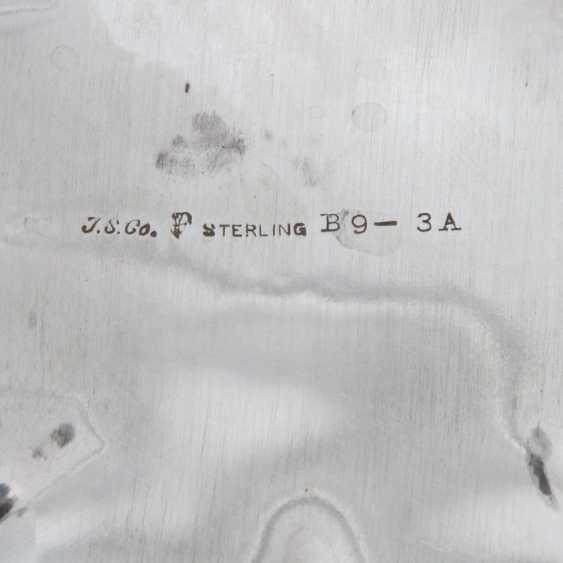 KonvoluTiefe: Henkelschale und Fußschale, 20. Jahrhundert - photo 5