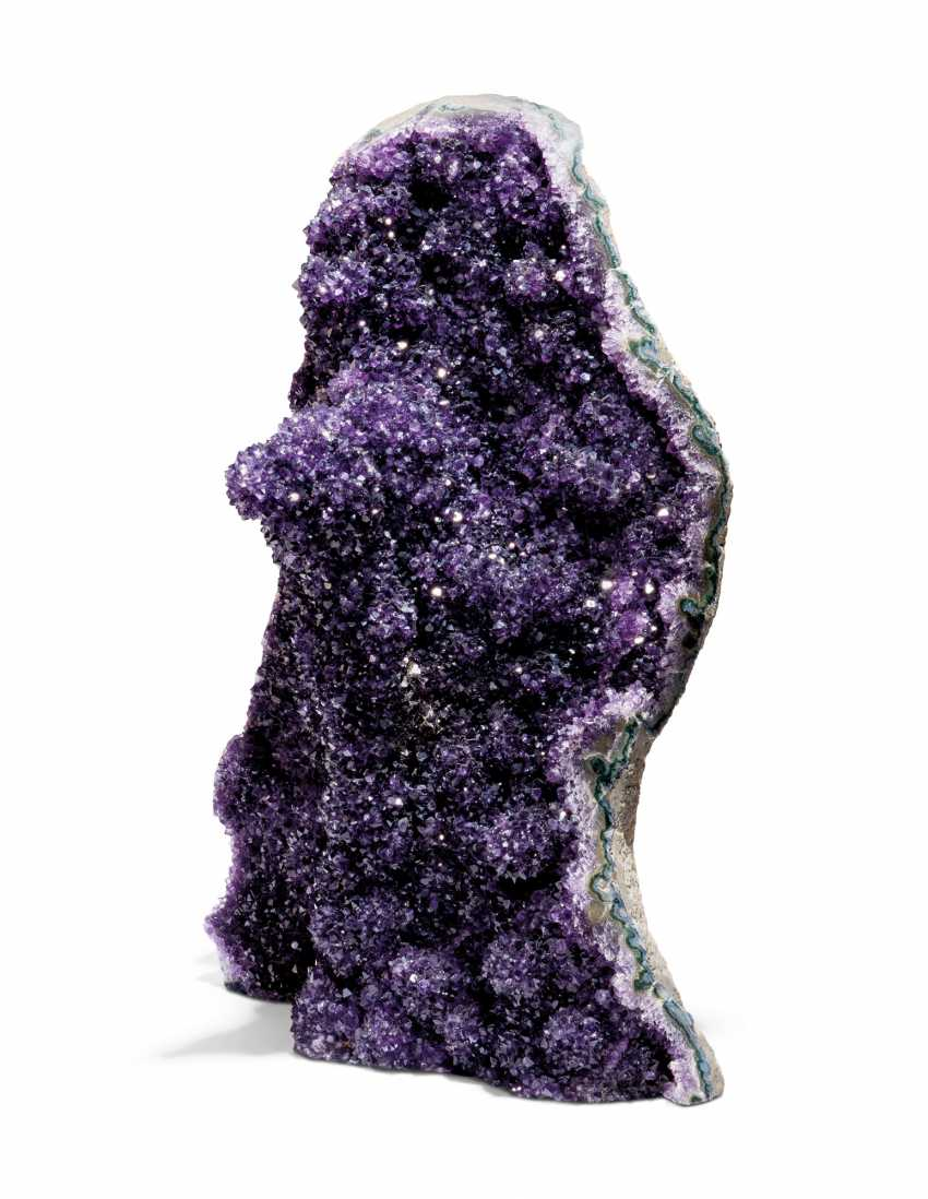 A LARGE AMETHYST GEODE - photo 1