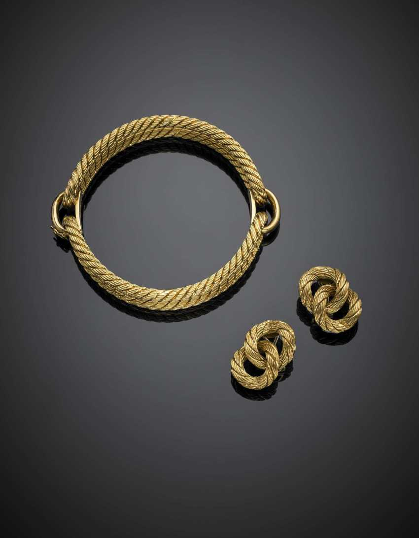 WEINGRILL | Yellow gold jewellery set comprising cuff bracelet with diam. cm 5.80 and cm 2.60 earclips - photo 1