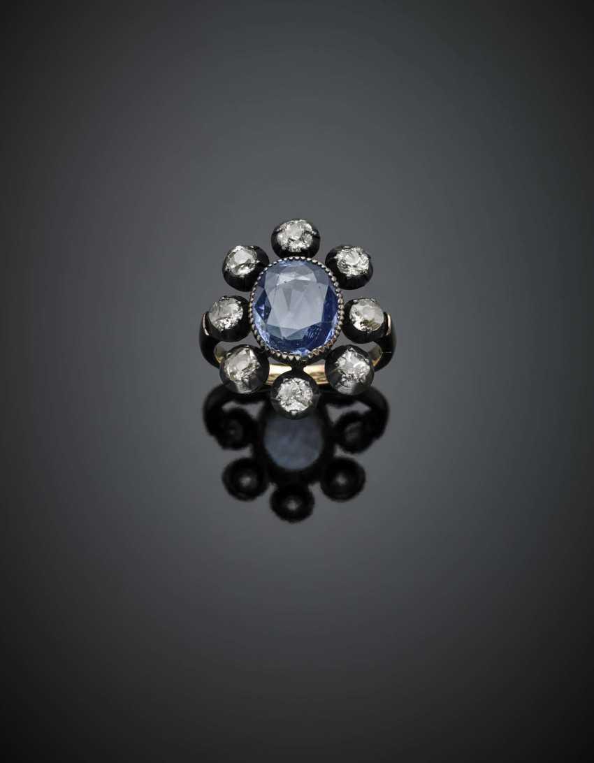 Forme de coussin ct. 3.75 environ saphir et bague en or et argent avec diamants de la vieille mine - photo 1