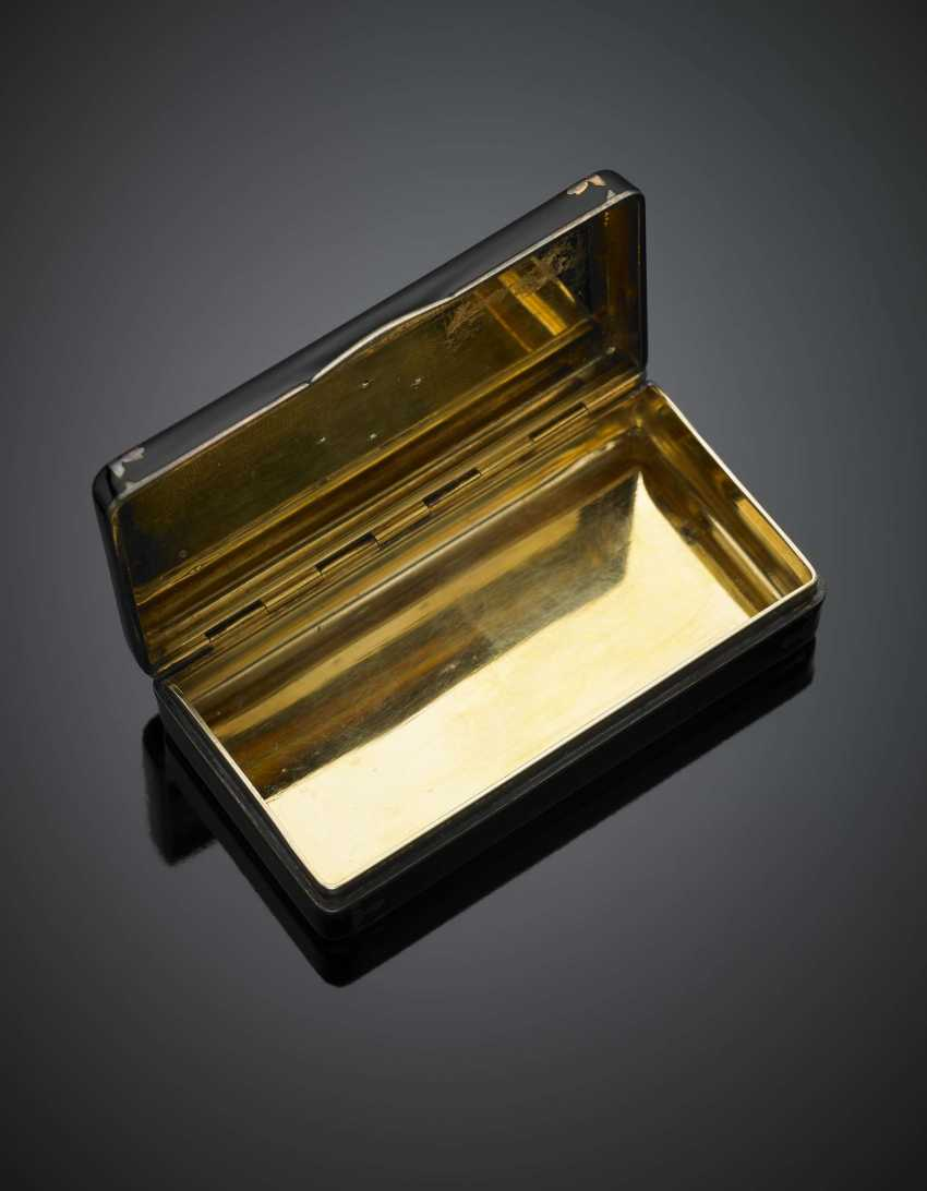 CARTIER | Silver and gold alloy and black enamel box on the cover an enamel flower and small diamonds - photo 3